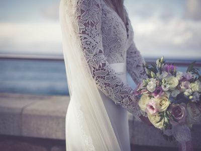 newlyweds, weddings, UK